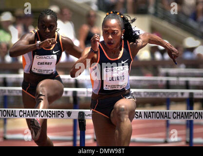 Jun 23, 2002; Palo Alto, CA, USA; 100 meter hurdler Gail Devers easily wins her semi-final heat in the USA Track - Stock Photo