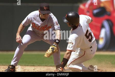 Jun 23, 2002; San Francisco, CA, USA;  San Francisco Giants Tsuyoshi Shinjo comes up safe at 2nd as Baltimore Orioles - Stock Photo