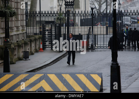 Britain's Prime Minister David Cameron returns to Downing Street Stock Photo