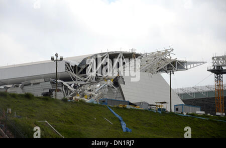 Sao Paulo, Brazil. 1st Dec, 2013. The collapsed roof at the Stadium 'Arena Corinthians' in Sao Paulo, Brazil, 1 - Stock Photo