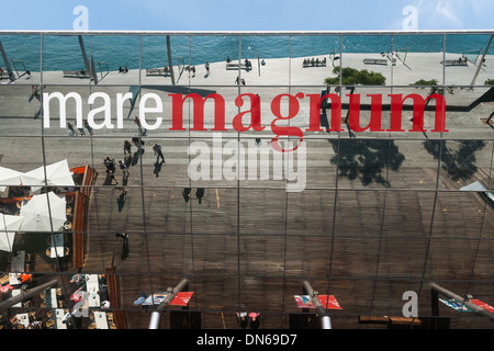 Mare Magnum shopping mall and nightlife complex - Stock Photo