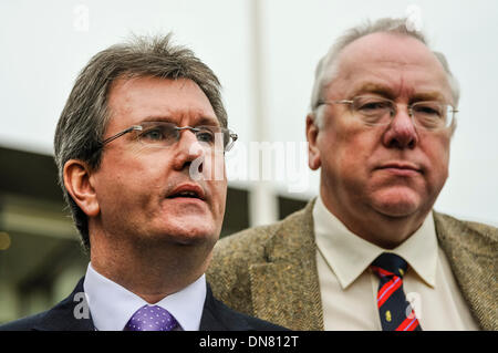 Belfast, Northern Ireland. 20 Dec 2013 - Jeffrey Donaldson and Mervyn Gibson arrive to represent the DUP at the - Stock Photo