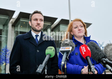 Belfast, Northern Ireland. 20 Dec 2013 - Naiomi Long and Chris Lyttle from the Alliance Party emerge from the Haass - Stock Photo