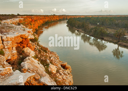 Glowing cliffs of the Murray River Big Bend. - Stock Photo