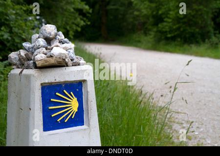 Marker along the Camino De Santiago, the Way of St. James pilgrimage route, Navarra, Spain. - Stock Photo