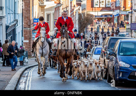 Lewes, UK. 26th Dec, 2013. Members of the Southdown and Eridge Hunt at their Annual Boxing Day Meeting in the Market - Stock Photo