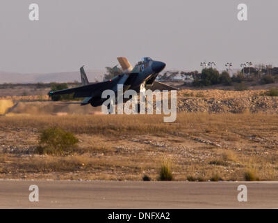 Hazerim, Israel. 26th Dec, 2013. An Israel Air Force F-15i touches down for a landing at an IAF pilots' course graduation - Stock Photo