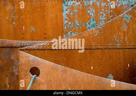 Rusty steel Platen. Rostige Stahlplaten. - Stock Photo