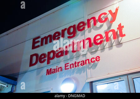 Dundonald, Northern Ireland. 28th Dec 2013 - Main entrance of the Emergency Department of the Ulster Hospital - Stock Photo
