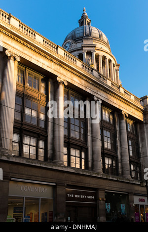 View of dome of Nottingham City Council House, Nottingham, England. Also in view - The Coventry Building Society, - Stock Photo