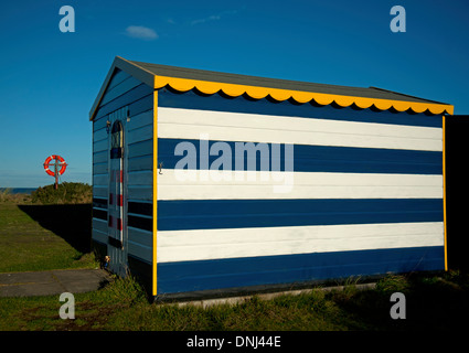 Colourful beach hut at the East Beach Hopeman, Moray Firth. Grampian.  SCO 9162. - Stock Photo