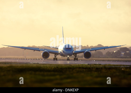 Thomson Airways Boeing 787-8 Dreamliner at London Gatwick Airport, England, UK. - Stock Photo