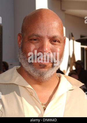 FILE PICS: Actor James Avery (Nov. 27, 1948 - Dec 31, 2013) best known for his role as 'Philip Banks' on the tv - Stock Photo