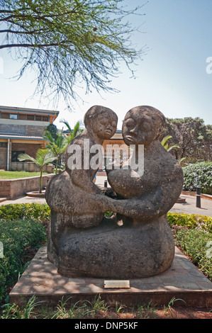 Mother and Child sculpture at entrance to Nairobi National Museum Kenya - Stock Photo
