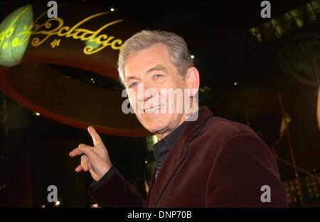 Sir Ian McKellen (Gandalf) at the European premiere of 'The Lord of the Rings - The Return of the King' in Berlin. - Stock Photo
