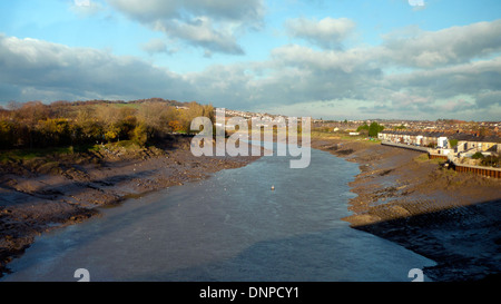 A vew of the River Usk looking north from  Newport South Wales UK  KATHY DEWITT - Stock Photo