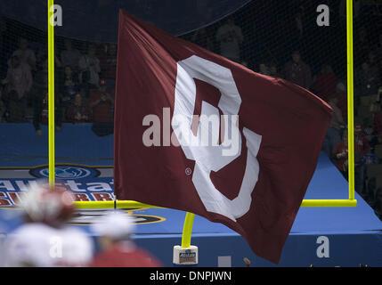 New Orleans, Louisiana, USA. 3rd Jan, 2014. January 02, 2014: Oklahoma flag during NCAA Football game action between - Stock Photo