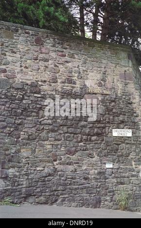 Flodden Wall, Drummond Street, Edinburgh, Scotland, UK - Stock Photo