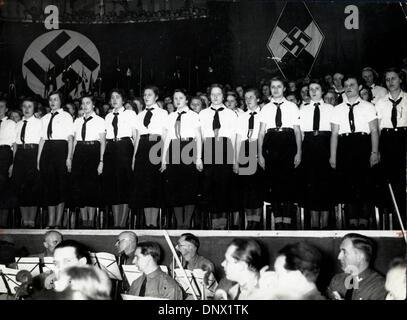 Feb. 10, 1935 - Berlin, Germany - Giant Hitler Girls' Parade: on February 10th, 1935, a big Hitler Girls' parade - Stock Photo