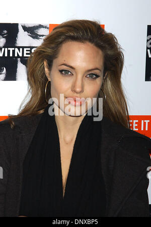 Dec 05, 2005; New York, NY, USA; ANGELINA JOLIE at the 'Witness' Gala which took place at the Supper Club Mandatory - Stock Photo