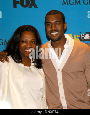 Dec 06, 2005; Las Vegas, NV, USA; KANYE WEST & his mother at the 2005 Billboard Music Awards at the MGM Grand Garden - Stock Photo