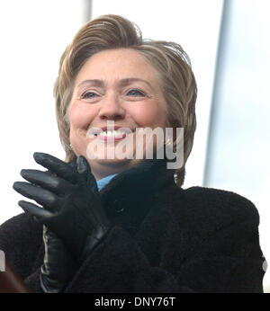 Jan 16, 2006; Manhattan, New York, USA; NY State Senator HILLARY CLINTON speaks as thousands of members and supporters - Stock Photo