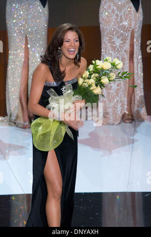 Jan 21, 2006; Las Vegas, NV, USA; Miss Congeniality 2006 Miss Hawaii MALIKA DUDLEY accepts at The Miss America Pageant at The Aladdin Resort and Casino, Las Vegas, Nevada.  Mandatory Credit: Photo by Dave Smith/ZUMA Press. (©) Copyright 2006 by Dave Smith