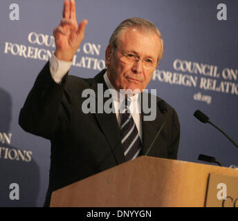 Nov 08, 2006; New York, NY, USA; President George W. Bush annouced today that Defense Secretary DONALD H. RUMSFELD - Stock Photo