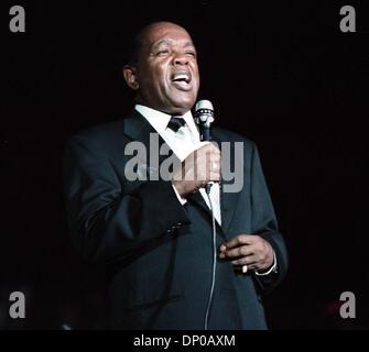 Jan 06, 2006; Myrtle Beach, SC, USA; FILE PHOTO: Oct 07, 2004; 3 time Grammy winning soul singer LOU RAWLS, 72, - Stock Photo