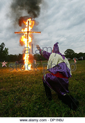 May 06, 2006; Red Bay, AL, USA; Klan member Phillip McCalpin salutes the cross at a rally sponsored by National - Stock Photo