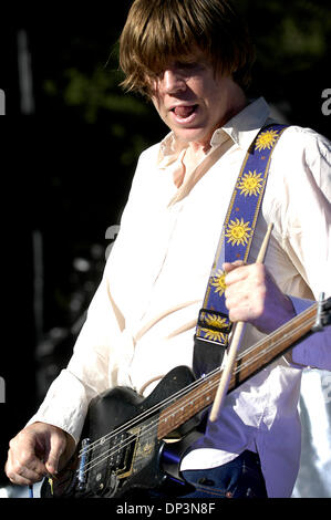 Jul 13, 2006; Santa Barbara, CA, USA; THURSTON MOORE, of Sonic Youth, performs at the Santa Barbara Bowl on July - Stock Photo