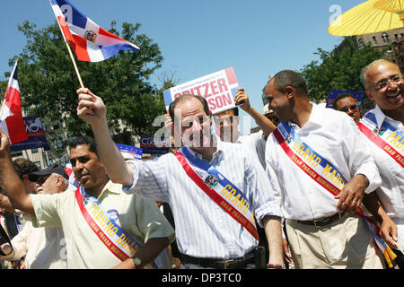 Jul 16, 2006; Bronx, NY, USA; Candidate for New York governor ELIOT SPITZER attending to the Bronx Dominican Parade - Stock Photo