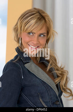 Oct 05, 2006; Los Angeles, CA, USA; AYLIN MUJICA of the new upcoming TV novela 'Marina' pose for a picture in Los - Stock Photo