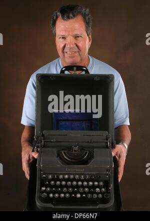 Oct 04, 2006; Palm Beach, FL, USA; Appraisal of Underwood typewriter owned by Gerry Lorin.  Mandatory Credit: Photo - Stock Photo