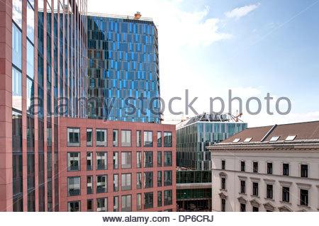 Wien, Zentrum Landstrasse und Justiztower - Stock Photo