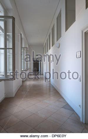 Wien, Finanzamt für den 8., 16., 17. Bezirk, Josefstädterstrasse 39, Palais Strozzi - Stock Photo