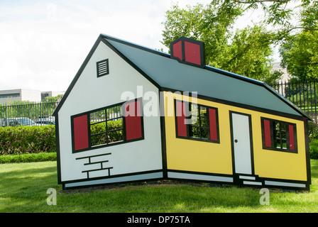 House I by Roy Lichtenstein, National Gallery of Art sculpture Stock ...