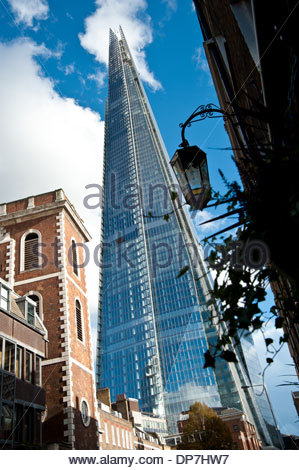 London The Shard Architekt Renzo Piano (The Shard auch Shard London Bridge (vormals London Bridge Tower auch Shard - Stock Photo
