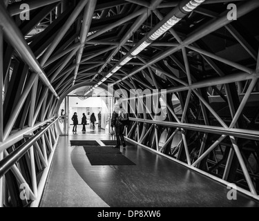Pedestrian bridge for shoppers between the Bentall Shopping Mall and the car park in Kingston upon Thames, Greater - Stock Photo