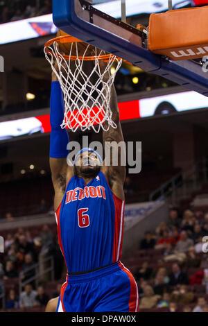 Philadelphia, Pennsylvania, USA. 10th Jan, 2014. Detroit Pistons small forward Josh Smith (6) goes up for the shot - Stock Photo
