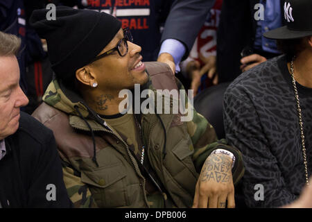 Philadelphia, Pennsylvania, USA. 10th Jan, 2014. Former 76ers Allen Iverson looks on during the NBA game between - Stock Photo