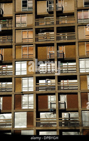 Park Hill Estate,Sheffield.Under Redevelopment Via Urbansplash. - Stock Photo