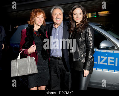 Dresden, Germany. 12th Jan, 2014. German actors Heike Trinker (L), Wolfgang Stumph and Stephanie Stumph arrive for - Stock Photo