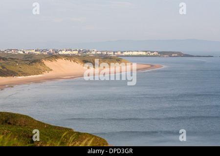 A view along the Antrim coast looking west in Northern Ireland. This coastline is home to several National trust - Stock Photo