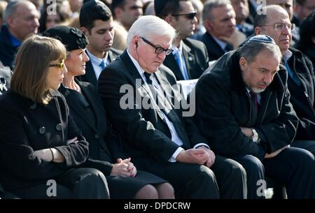 Jerusalem, Israel. 13th Jan, 2014. German Foreign Minister Frank-Walter Steinmeier (SPD, C) attends the national - Stock Photo