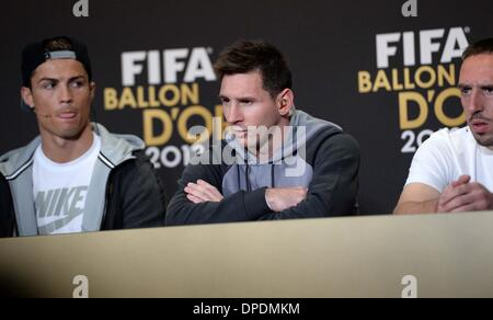 Zurich, Switzerland. 13th Jan, 2014. Barcelona's Argentinian forward Lionel Messi (C) nominee for the player of - Stock Photo