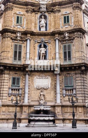 Quattro Canti (The Four Corners), Piazza Vigliena, a Baroque square at the centre of Palermo Old City, Sicily, Italy, - Stock Photo