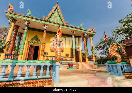The hilltop temple of Wat (Phnom) Hanchey, on the Mekong River, Kampong Cham Province, Cambodia, Indochina, Southeast - Stock Photo