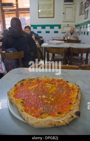 Pizza Marinara at Da Michele pizzeria Naples Campania Italy Europe - Stock Photo