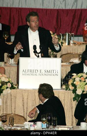 Oct. 19, 2006 - New York, New York, U.S. - K50399ML.ALFRED E. SMITH DINNER HELD AT THE WALDORF ASTORIA HOTEL , NEW - Stock Photo
